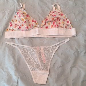NWT PINK white floral lace Bralette and Panty Set
